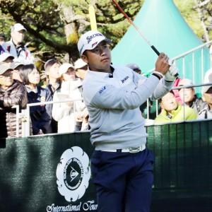 国内ツアー今季唯一の出場となった松山英樹は、大勢のギャラリーを集めて長打力をみせたが、日本人最上位の5位にとどまった(宮崎・フェニックスCC)